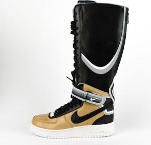 Buty zimowe Nike w sportowym stylu z zamszu