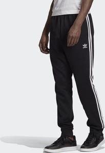 Czarne spodnie sportowe Adidas Originals z dresówki