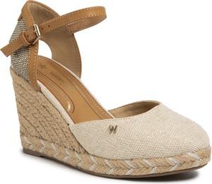 Sandały Wrangler z tkaniny z klamrami w stylu retro