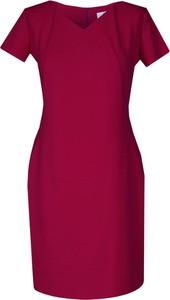 Czerwona sukienka Fokus z dzianiny w stylu casual dopasowana