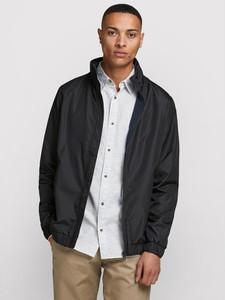 Czarna kurtka Jack & Jones w stylu casual krótka