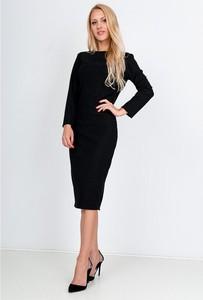 Sukienka Royalfashion.pl dopasowana z długim rękawem