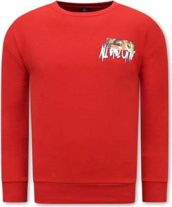 Czerwony sweter TONY BACKER z okrągłym dekoltem z wełny