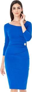 Niebieska sukienka stylovesukienki midi