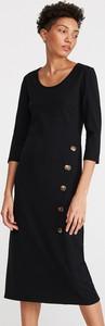 Czarna sukienka Reserved szmizjerka w stylu casual z okrągłym dekoltem