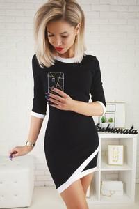 Czarna sukienka Wsl mini z okrągłym dekoltem w stylu casual