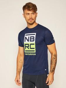 T-shirt New Balance z krótkim rękawem w sportowym stylu z nadrukiem