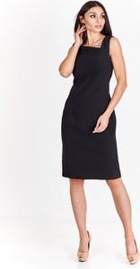 Czarna sukienka Fokus w stylu klasycznym z dekoltem w kształcie litery v