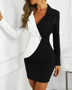 Sukienka Kendallme z dekoltem w kształcie litery v dopasowana w stylu casual