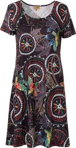 Sukienka Coline z okrągłym dekoltem mini dla puszystych