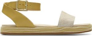 Sandały Clarks w stylu klasycznym z płaską podeszwą ze skóry