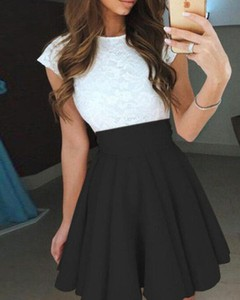 Sukienka Kendallme z okrągłym dekoltem z krótkim rękawem mini