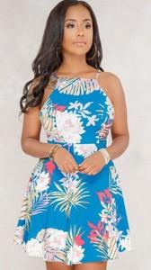 Sukienka noshame mini z okrągłym dekoltem