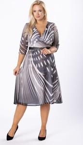 Sukienka Moda Dla Ciebie z długim rękawem z dekoltem w kształcie litery v midi