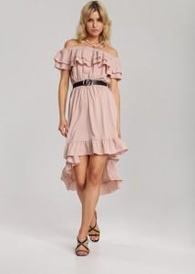 Różowa sukienka Renee z krótkim rękawem w stylu casual mini