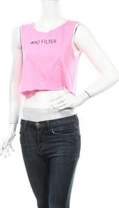 Różowa bluzka Sinsay z okrągłym dekoltem na ramiączkach
