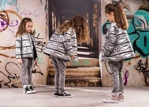 Złota kurtka dziecięca Kids By Voga