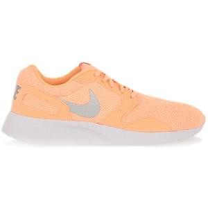 Pomarańczowe buty Nike w street stylu z płaską podeszwą