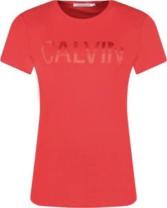 T-shirt Calvin Klein z okrągłym dekoltem z krótkim rękawem