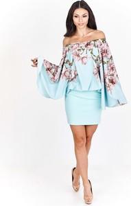 Niebieska sukienka Fokus ołówkowa hiszpanka mini