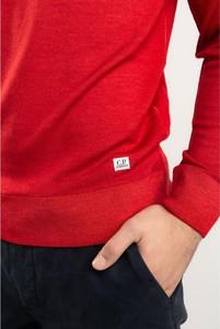 Czerwony sweter C.P. Company z okrągłym dekoltem