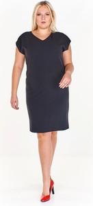 Czarna sukienka Fokus ołówkowa z tkaniny w stylu klasycznym