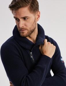 Sweter Diverse z zamszu