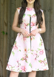 Sukienka Justmelove rozkloszowana bez rękawów mini