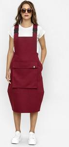 Czerwona sukienka Freeshion z krótkim rękawem midi