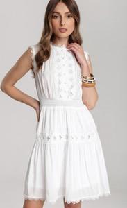 Sukienka Renee rozkloszowana mini bez rękawów
