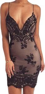 Sukienka Cikelly dopasowana mini na ramiączkach