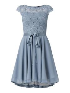 Sukienka Swing z krótkim rękawem mini