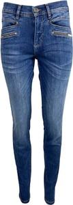 Niebieskie jeansy 2-biz z jeansu