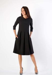 Czarna sukienka Nommo z długim rękawem z okrągłym dekoltem midi