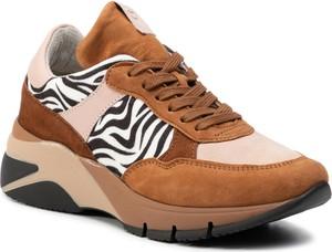 Sneakersy Tamaris sznurowane na platformie