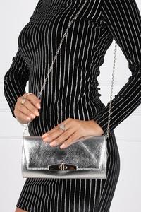 Srebrna torebka Casu w stylu glamour mała