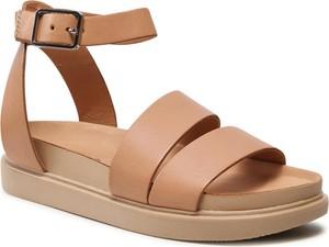 Brązowe sandały Vagabond na koturnie w stylu casual z klamrami