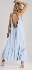 Niebieska sukienka Renee na ramiączkach maxi prosta