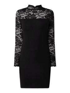 Czarna sukienka Vero Moda z okrągłym dekoltem z długim rękawem mini