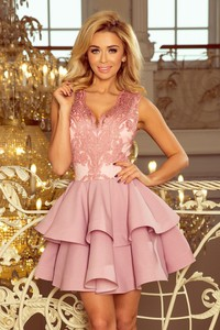 Różowa sukienka NUMOCO rozkloszowana bez rękawów
