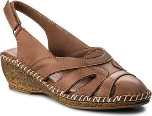 Brązowe sandały lanqier na koturnie na rzepy