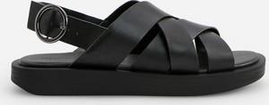 Czarne sandały Reserved w stylu casual ze skóry