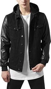 Czarna kurtka amazon.de w młodzieżowym stylu
