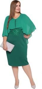 Sukienka modneduzerozmiary.pl z okrągłym dekoltem z długim rękawem dla puszystych