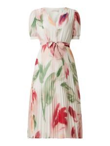 Sukienka Pennyblack z krótkim rękawem z dekoltem w kształcie litery v