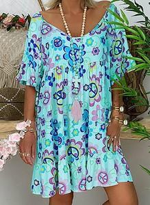 Sukienka Cikelly mini oversize z dekoltem w kształcie litery v