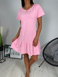 Różowa sukienka ModnaKiecka.pl z krótkim rękawem