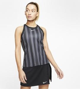 T-shirt Nike z okrągłym dekoltem w stylu casual