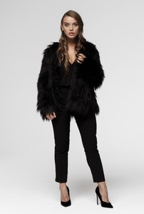 Czarna kurtka Smoke Furs w stylu boho