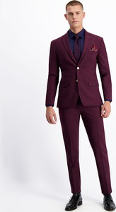 Czerwony garnitur Lavard